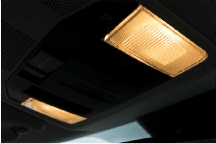 چراغ های داخل خودرو